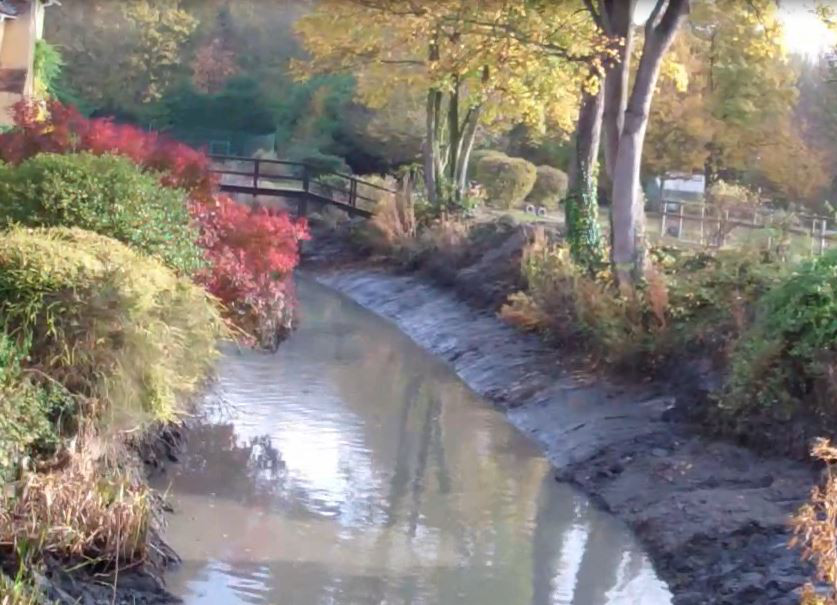 moat desilting contractor